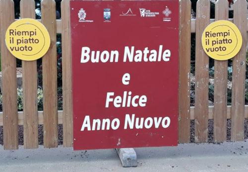 Riempi il piatto vuoto è in  Piazza Maggiore