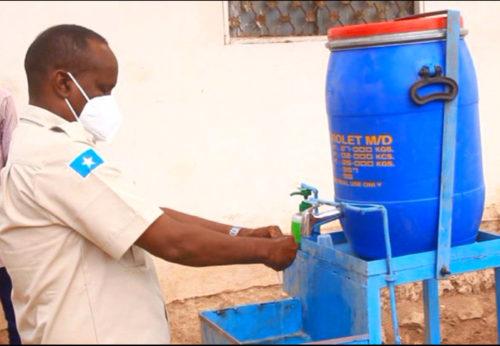 Lavandini di comunità: in Somalia per prevenire il virus