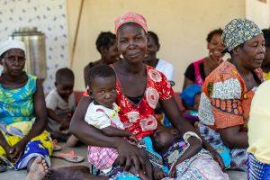Campagna-CEFA-Adotta-un'-allevatrice-del-Mozambico